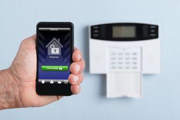Alarmzentrale mit App